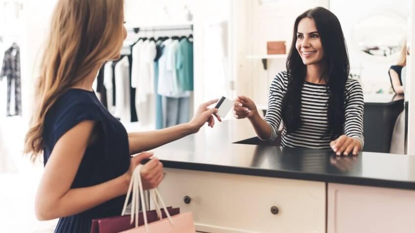 8 dicas para aumentar as vendas quando o cliente já está no caixa