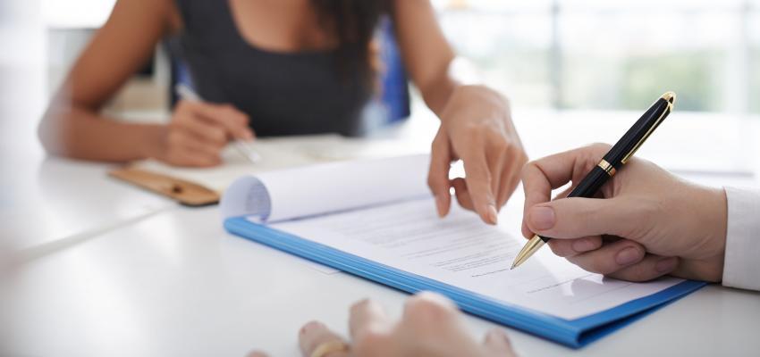 Saiba o que não pode faltar em um contrato de prestação de serviços