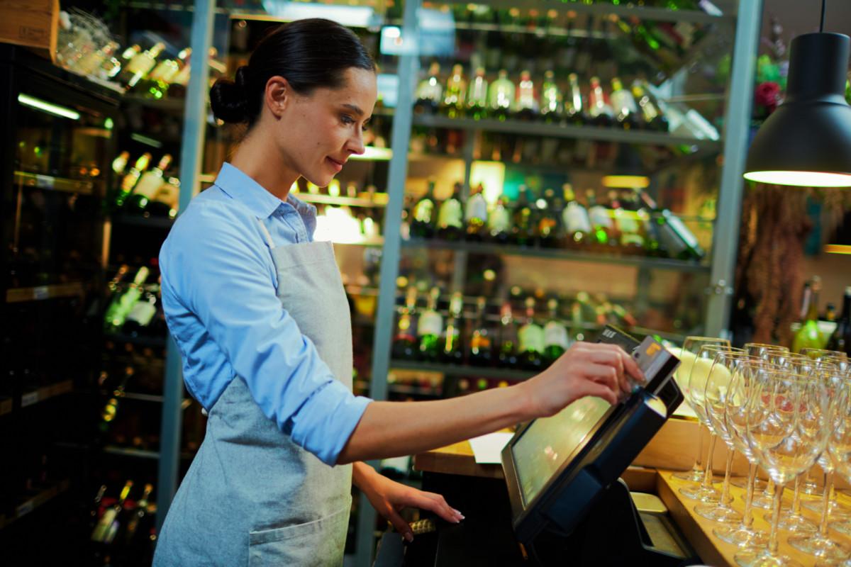 Veja como planejar a gestão financeira de bares e restaurantes