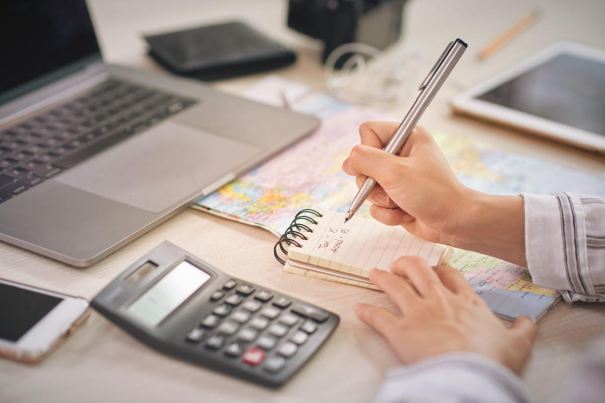 Organização e Gestão financeira: as cartas na manga dos pequenos empresários em tempos de crise