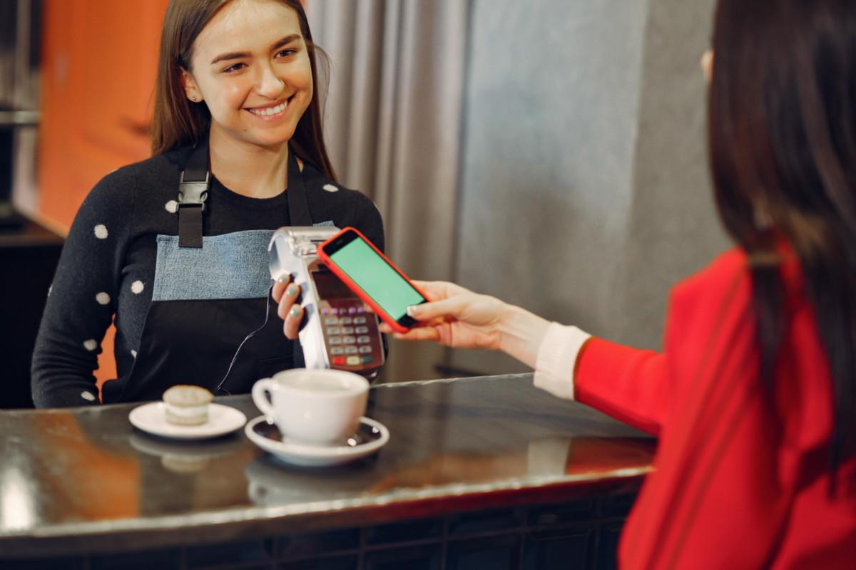 5 dicas de como atender cliente exigente e deixá-lo satisfeito